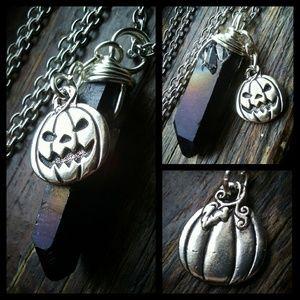 🌙🖤TierraCast Crystal Charm Necklace